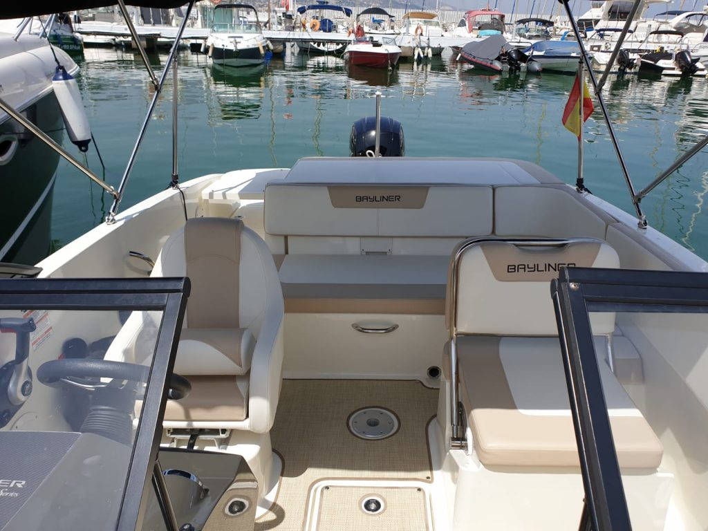 bayliner-rent-boat-malaga-spain-2